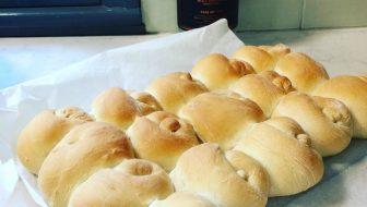 Make some legit bakery soft bread rolls!